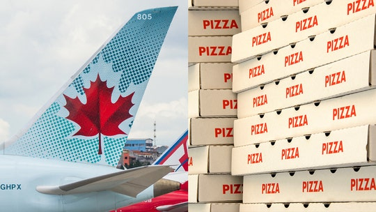 Air Canada pilot orders 23 pizzas for passengers stuck on grounded plane