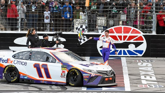 Denny Hamlin wins Texas NASCAR race after 2 penalties