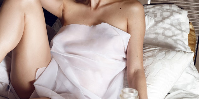Actress Blanco pays tribute to Marilyn Monroe. Hair and makeup by Mina Abramovic.