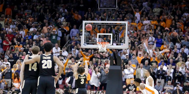 Purdue's Carsen Edwards shoots a free throw in the final seconds of the second half of a men's NCAA Tournament college basketball South Regional semifinal game against Tennessee. (Associated Press)