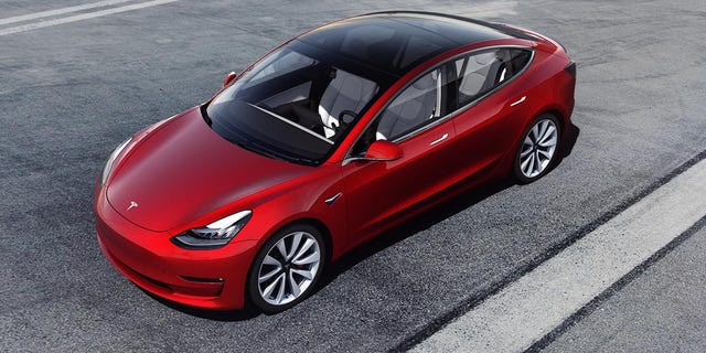 Tesla launches '1,000 miles per hour' charging station for ...