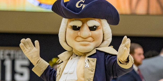 George Washington University mascot in Colonial outfit (Photo by Tony Quinn/Icon Sportswire) (Icon Sportswire via AP Images)