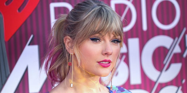Singer Taylor Swift arrives at the 2019 iHeartRadio Music Awards held at Microsoft Theater at L.A. Live on March 14, 2019, in Los Angeles, California, United States.