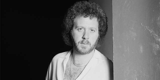 Adrian Gurvitz, British singer-songwriter, posing for a studio portrait, in February 1979. — Getty
