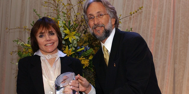 Jonnie Miller, daughter of Glenn Miller, and Recording Academy President Neil Portnow.