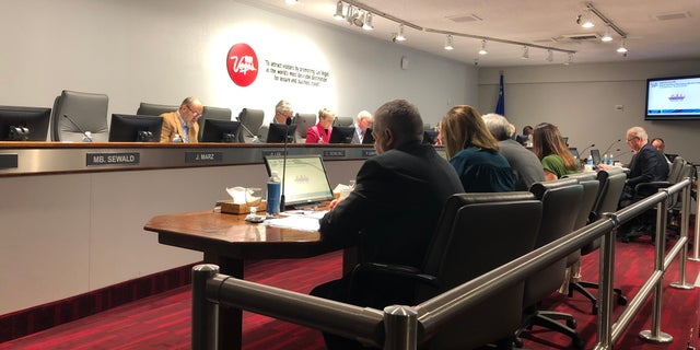 The Las Vegas Convention Center and Visitors Authority voted Tuesday morning to move forward with contracting with Boring Co. to build a tunnel transport system.