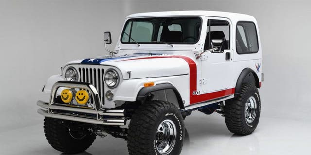 This custom Jeep was auctioned by the Gary SeniseFoundation to help provide services to America's military veterans and first responders.