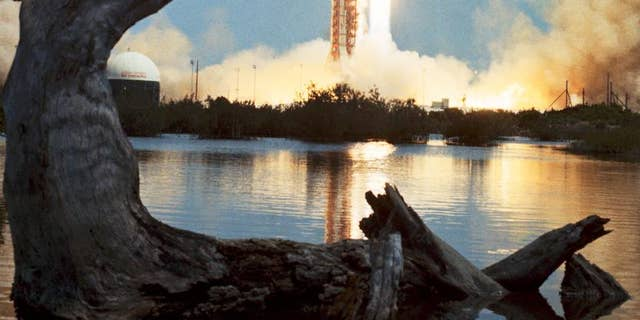 Apollo 16 rises off from Launch Complex 39, Kennedy Space Center on Apr 16, 1972,