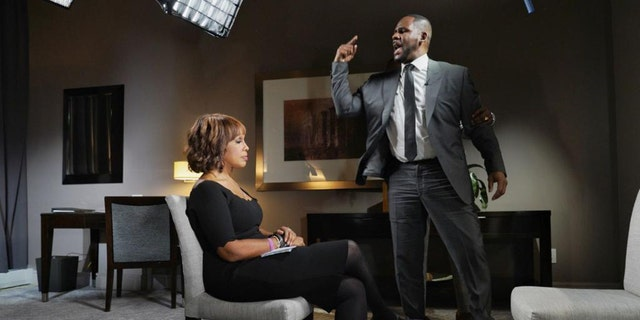 "Gayle King and R. Kelly on ""CBS This Morning"""