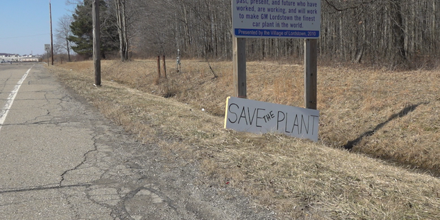 """""""Save the plant,"""" signs line the roads in Lordstown, Ohio."""