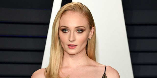 Sophie Turner attends 2019 Vanity Fair Oscar Party Hosted By Radhika Jones - Arrivals at Wallis Annenberg Center for the Performing Arts in Beverly Hills, California.