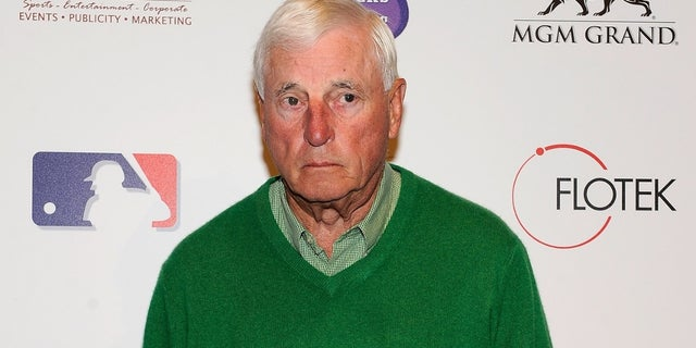 Legendary Indiana University basketball coach Bob Knight's health is said to be in decline, according to Don Fischer, the Hoosiers radio voice.