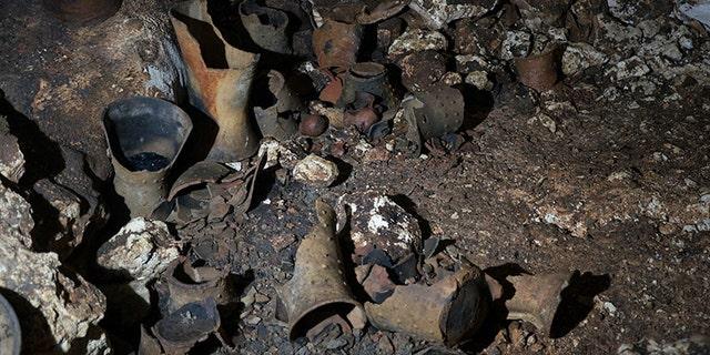 Interior of the Balamku Cave. (Karla Ortega, Great Mayan Aquifer Project, INAH)