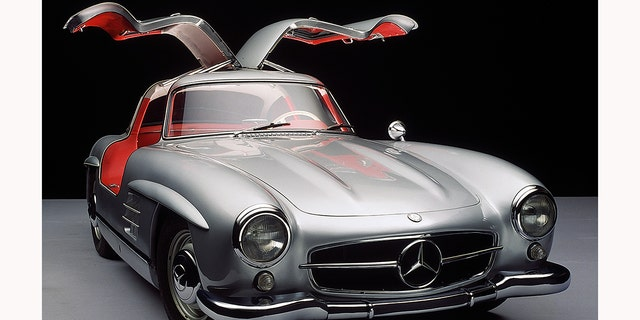 Used Cars Long Island >> Moldy Mercedes-Benz stored for six decades could be worth ...
