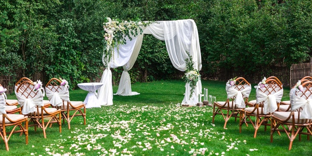 A father is reportedly heartbroken about being uninvited to his daughter's wedding all because he didn't want to lend his backyard as a wedding venue, according to a long Reddit post. (iStock)