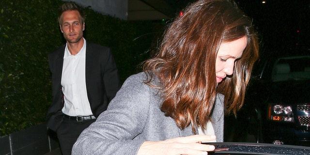 Jennifer Garner and boyfriend John Miller enjoy a romantic dinner date at Giorgio Baldi restaurant in Santa Monica.