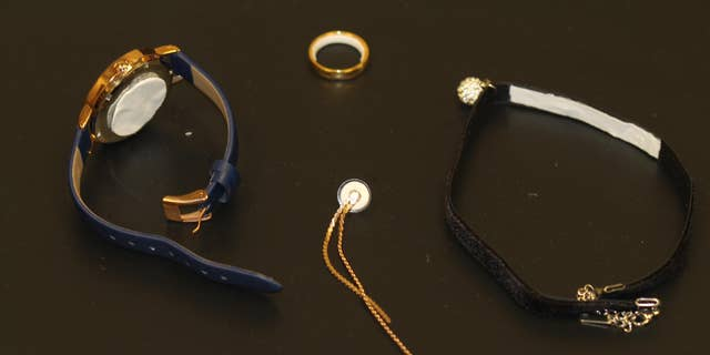 Different types of jewelry could be used. (Mark Prausnitz, Georgia Tech)