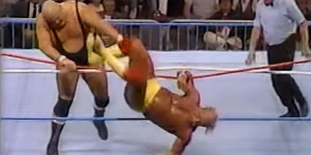Bundy wrestling Hulk Hogan