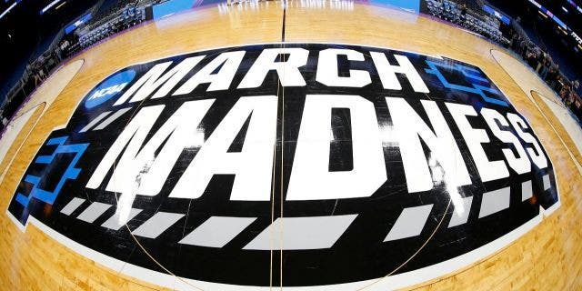 A March Madness rug has become all the craze.