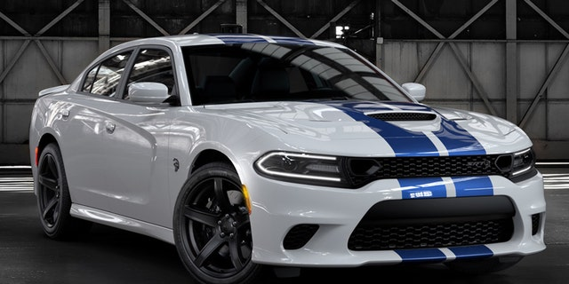 Charger Srt Hellcat >> The Dodge Charger Hellcat Widebody is a fast road hog ...
