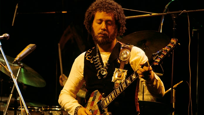 Adrian Gurvitz recalls jamming with Jimi Hendrix, the inspiration behind 'Race with the Devil'
