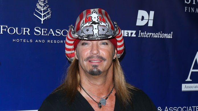 Bret Michaels on seeing daughter Raine pose for Sports Illustrated Swimsuit: 'I'm really proud of her'