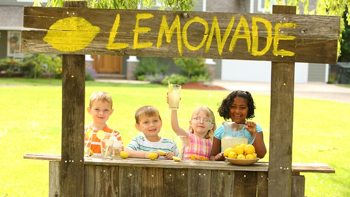 Texas House passes bill legalizing lemonade stands run by kids; next stop is Senate
