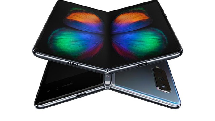 Samsung's $2,000 foldable phone is already breaking, reviewers say