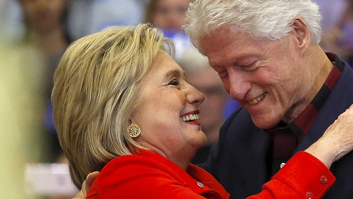 Broadway play 'Hillary and Clinton' closing early due to low ticket sales