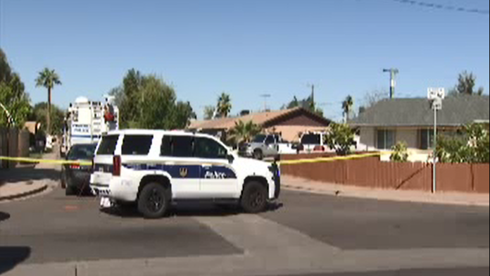 Arizona homeowner shoots, kills suspected intruder, injures another: 'Better come in ready'