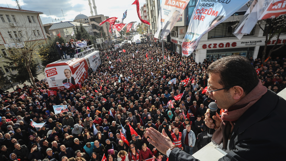 Erdogan`s AKP leads in Istanbul, Ankara in Turkish local election