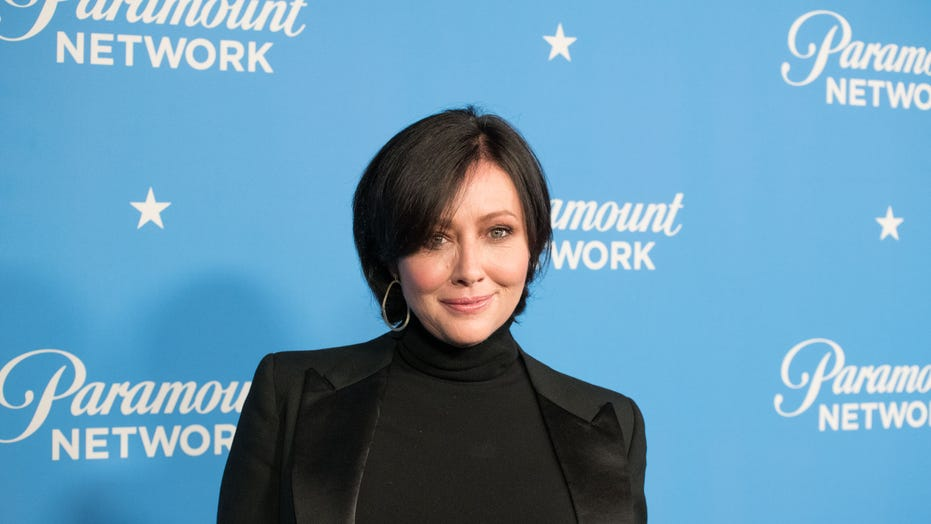 Shannen Doherty provides cancer update: 'I'm going to keep fighting to stay alive'