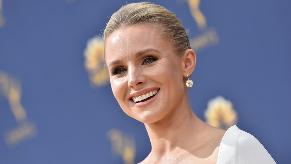 Kristen Bell says she 'walked in' on daughters drinking nonalcoholic beer during Zoom class
