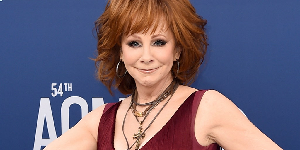 Reba McEntire revealed she turned down Blake Shelton's role on 'The Voice'