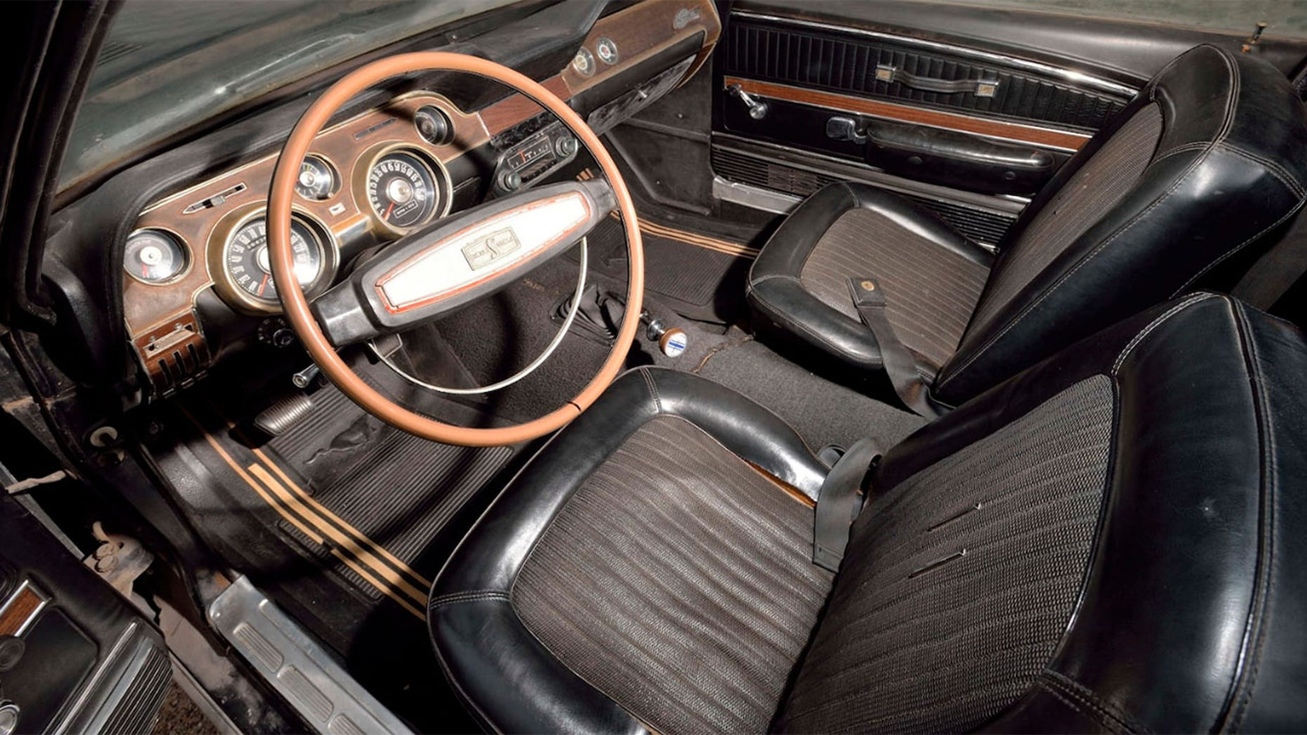 Barn Find 1968 Ford Mustang GT500 Interior