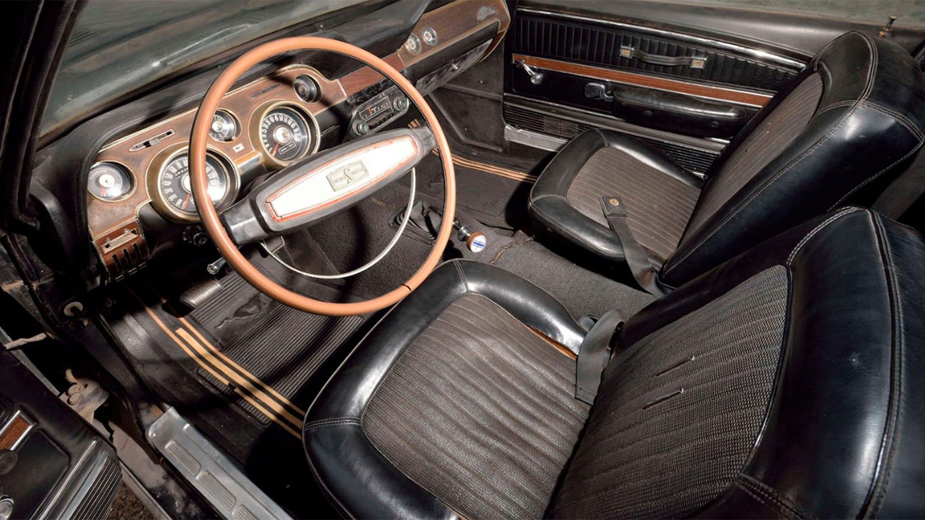 Barn Find 1968 Ford Mustang GT500 Interior
