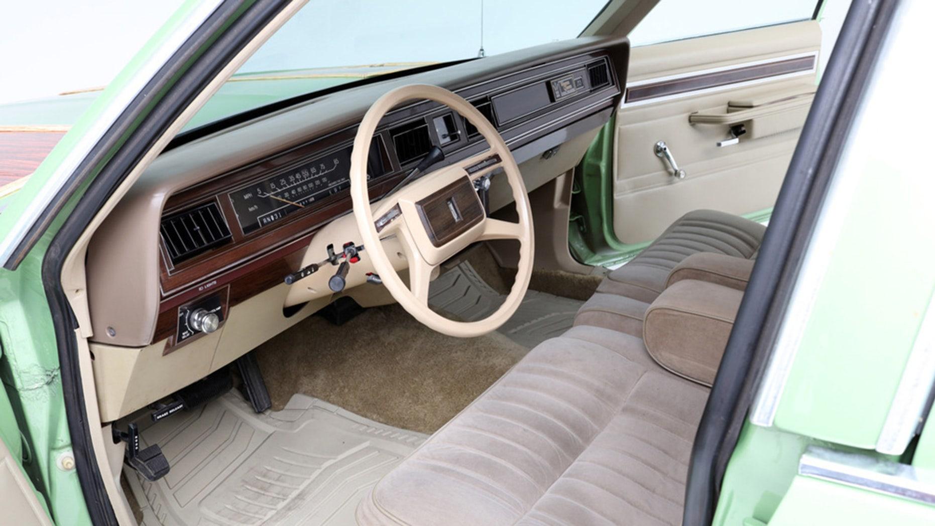 Wagon Queen Family Truckster interior