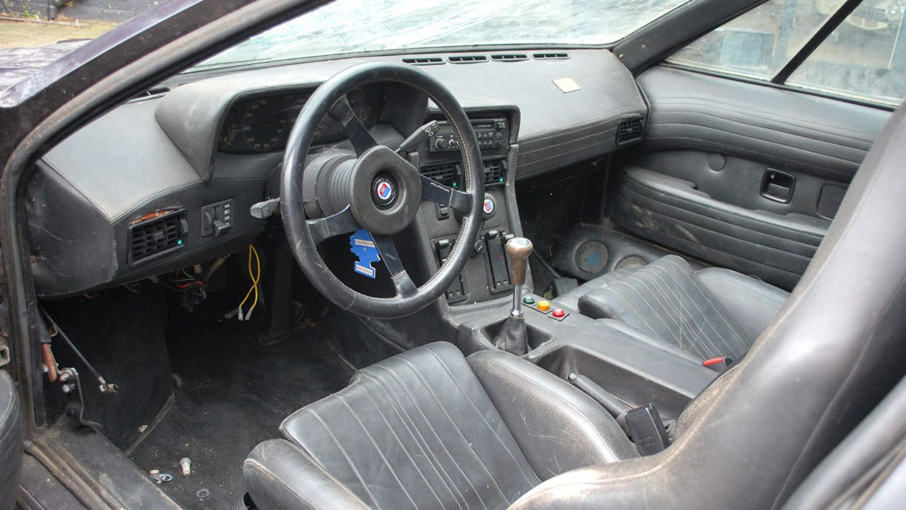 Legendary Lost BMW M1 interior
