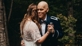 Bride-to-be nixes engagement shoot, takes photos with terminally ill father instead