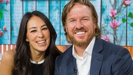 Chip Gaines honors wife Joanna on 17th wedding anniversary: 'Girl of my dreams'