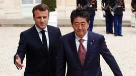 Japan's PM vows to help France in rebuilding Notre Dame