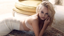 Pamela Anderson posts nude photo in honor of birthday