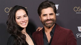 John Stamos jokes that wife was 'hammered' before she gave birth