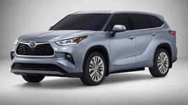 The 2020 Toyota Highlander aims for the top at the New York International Auto Show