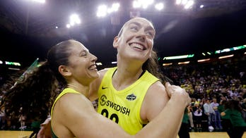 GRAPHIC VIDEO: WNBA player suffers possible Achilles tendon injury