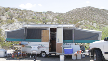 Armed border group shuts down camp at border in New Mexico