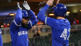 Toronto Blue Jays players' confusion leads to strange play against Minnesota Twins