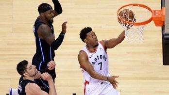 Leonard scores 37, Lowry has 22 as Raptors rout Magic 111-82