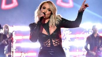 Miranda Lambert sings she 'got the hell out of Oklahoma' at ACM Awards in front of Blake Shelton, Gwen Stefani
