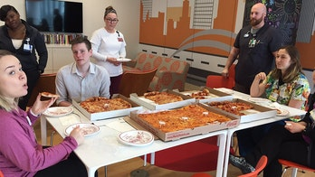 Patient's request for pizza on hospital window gets great response